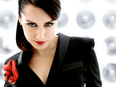 Tina Kandelaki – Oriflame – Lipstick
