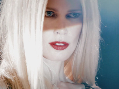 Claudia Schiffer – Fashion Hero